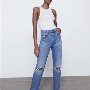 Zara High Waisted Distressed Mom Jeans Raw Hem Vintage Wash Straight Leg Size 14